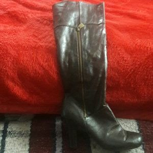 Brown inside zipper boots with heel